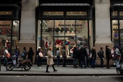 American Apparel Holds Open