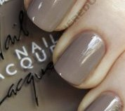 american-apparel-mouse-swatch-nail-polish